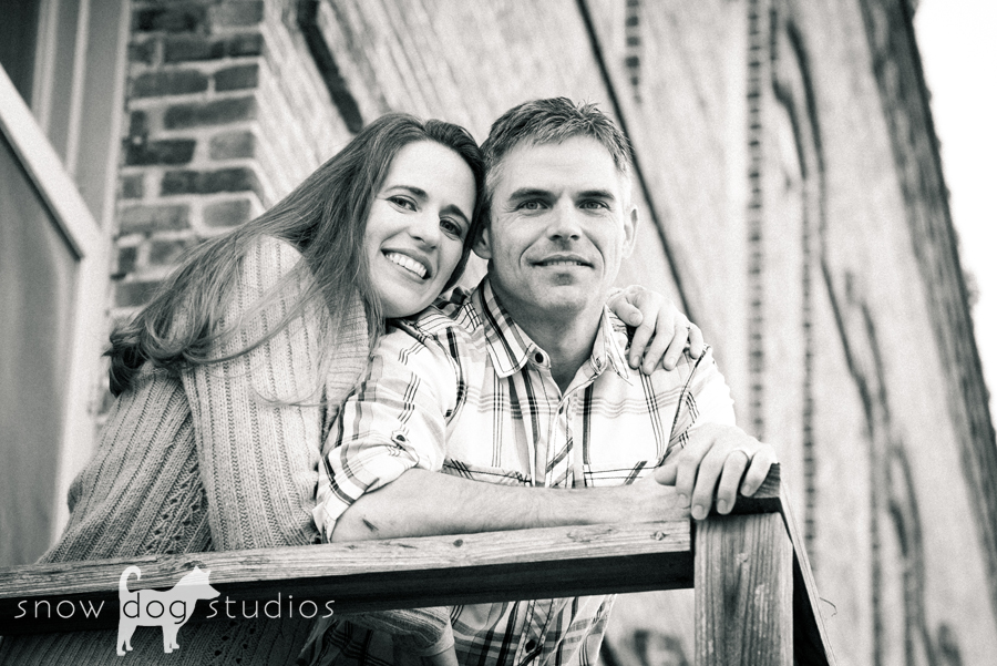 Black and white photo from a famliiy session in Waxhaw, NC
