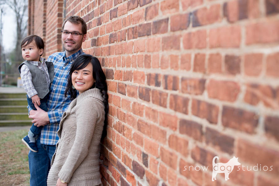 Distracted but happy:  A family photography session in Waxhaw, NC