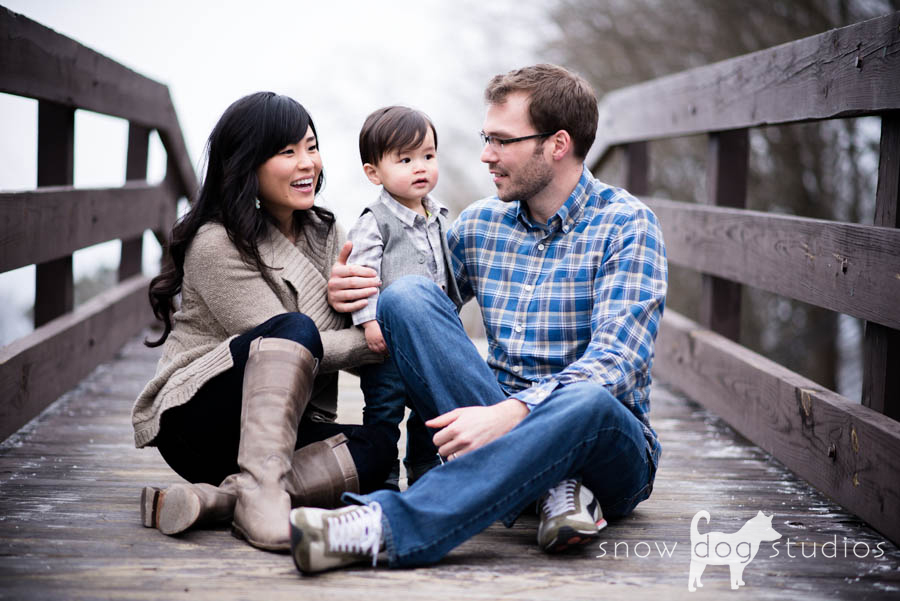 Family photography session on the pedestrian bridge in Waxhaw, NC
